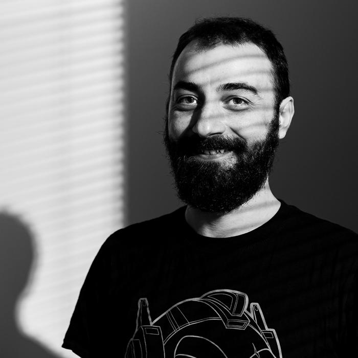 Francesco Consiglio: Front-End Developer